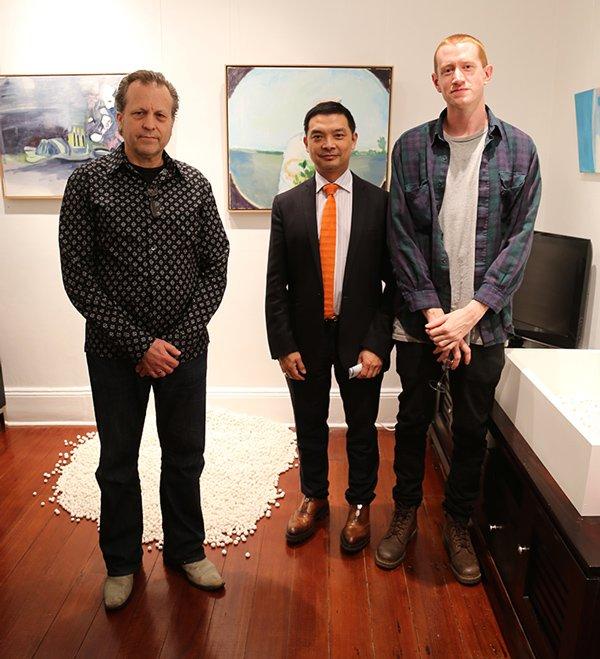 Anthony Bautovich, Dr Dick Quan and artist Dan Elborne